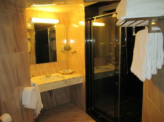 Hotel Can Pamplona: Cuarto de Baño