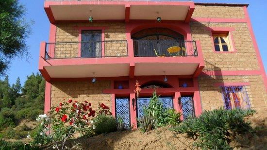 La Rose d'Amghouz: Facçade de la maison coté jardin