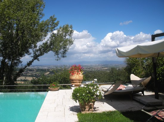 Villa Cicolina : The prettiest spot in the garden - what a view!