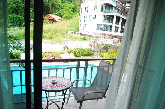 Kalim Place : Pool