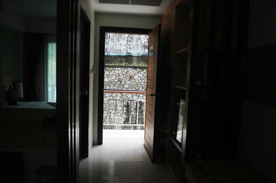 Kalim Place : Door view