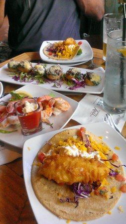 Brigantine Seafood Restaurant : Happy Hour food