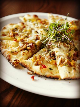 Trio: Bada Bing Pizza