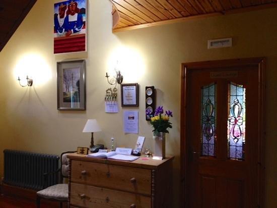 Longfields Lodge : Reception