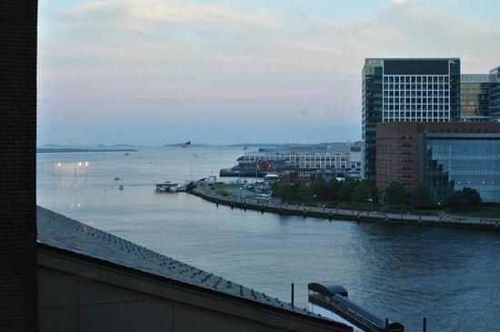 Boston Harbor Hotel : evening view