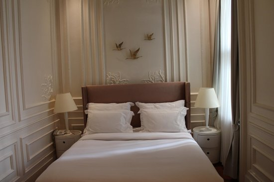The House Hotel Galatasaray: Bed - Deluxe Suite