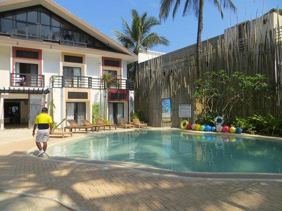 Microtel Inn & Suites by Wyndham Boracay : отель