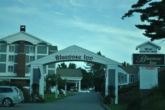 Bluenose Inn - A Bar Harbor Hotel : Entrance