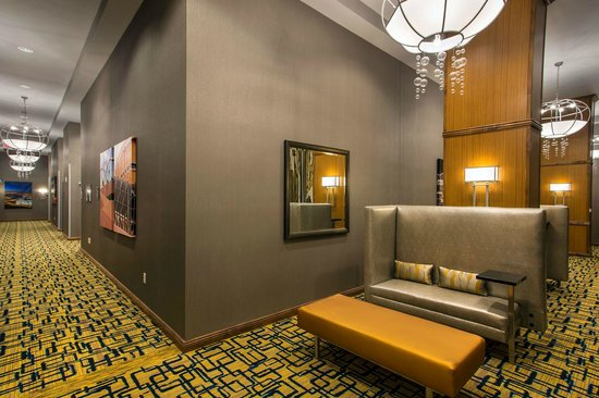 Residence Inn Tempe Downtown/University : Looking Glass Pre-Function