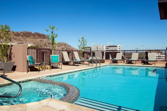 Residence Inn Tempe Downtown/University : Rooftop Pool