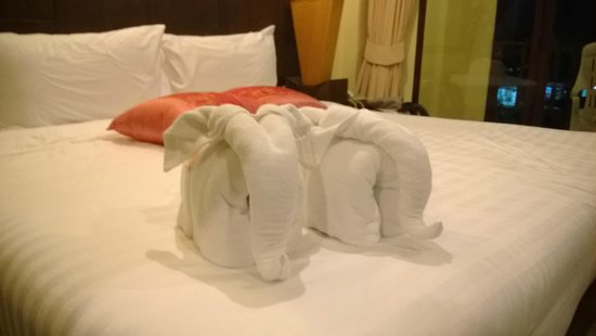 Club Bamboo Boutique Resort and Spa : Bed