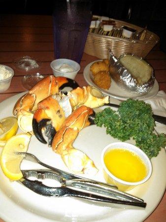 Moore's Stone Crab Restaurant : Stone Crab Dinner