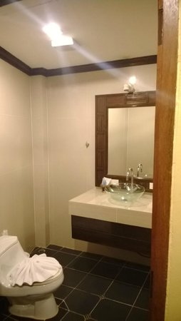 Club Bamboo Boutique Resort and Spa: Bathroom