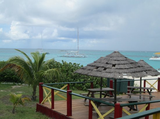 bahía de Simpson, St. Maarten: view from our lunch table