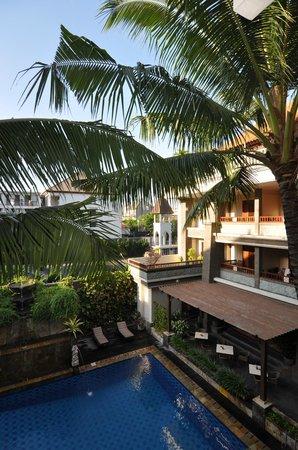 The Vira Bali Boutique Hotel & Suite : vue de la chambre