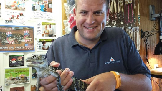 Wild Willy's Airboat Tours: Mike with gator