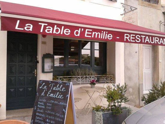 La Table d'Emilie: La table d'émilie