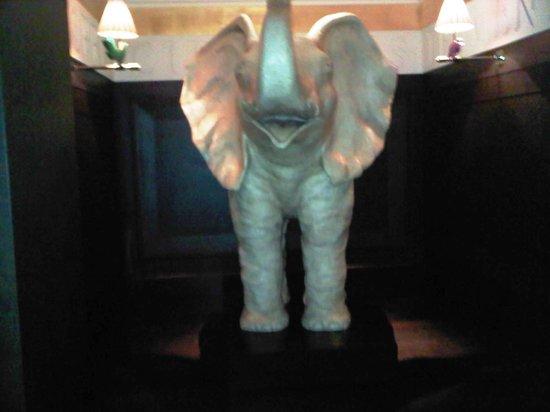 La Reserve Geneve Hotel & Spa: elephant