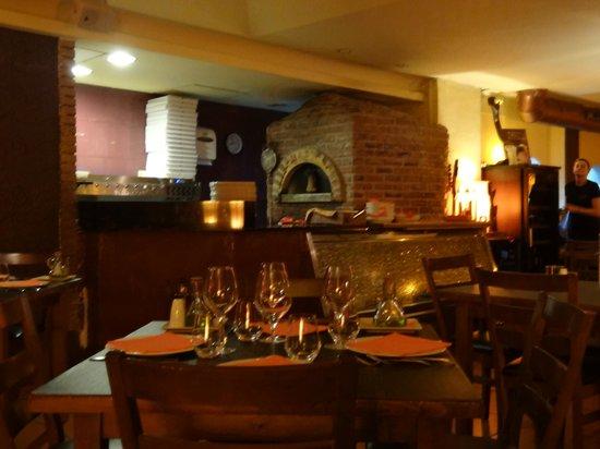 La Forcola: pizza oven