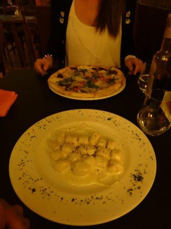 La Forcola: Gnocchi and pizza