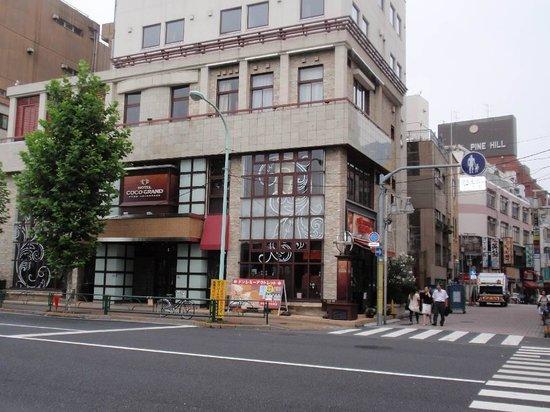 Hotel Coco Grand Ueno Shinobazu: Hotel front
