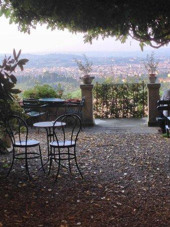 Pensione Bencista : Jardin de repos face à Florence