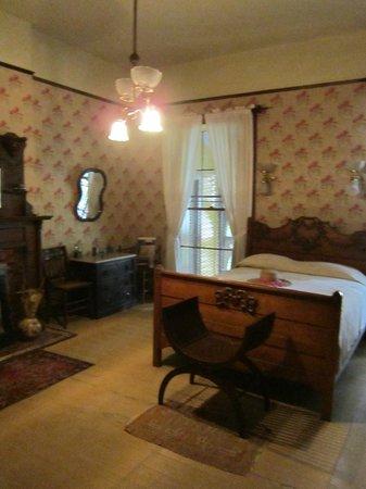 Wren's Nest: Daughters' Bedroom