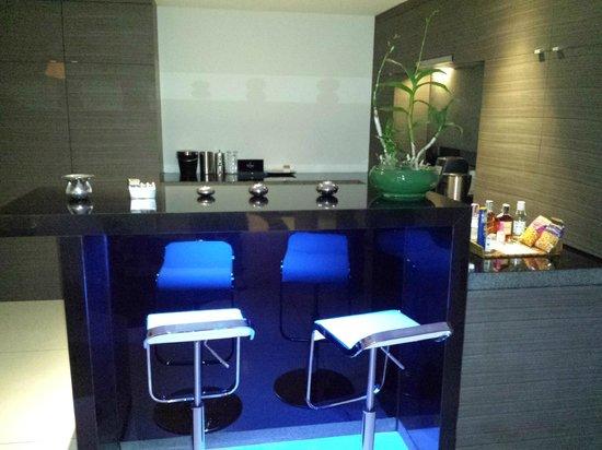 Infinity Residences & Resort Koh Samui: Kitche/Bar in 3 bedroom apt