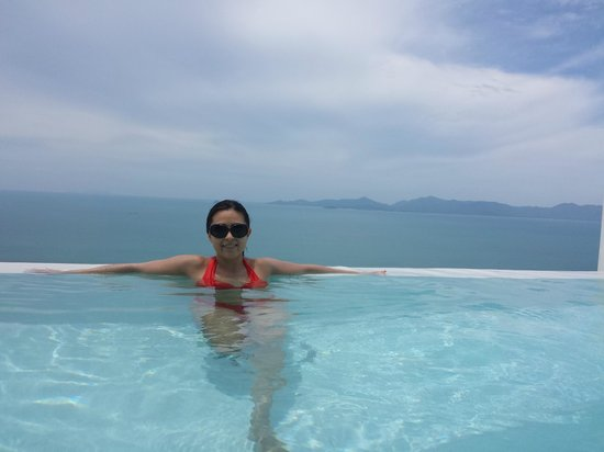Infinity Residences & Resort Koh Samui: Our plunge infinity pool view