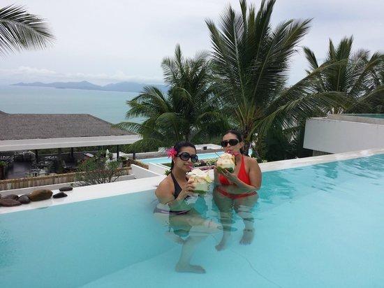 Infinity Residences & Resort Koh Samui: Pool Drinks