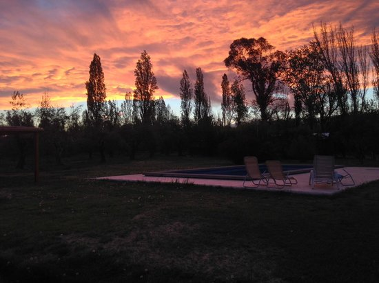 Posada Olivar: Sunset in October