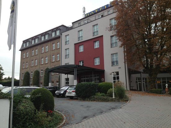 Best Western Premier Hotel Villa Stokkum: Hotel Entrance