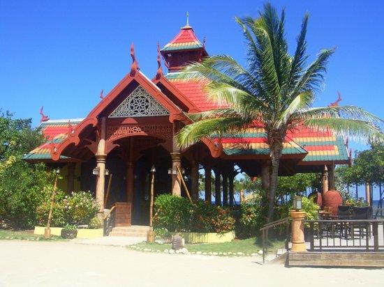 Sandals Royal Caribbean Resort and Private Island: Restaurant