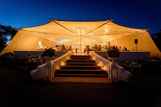 Vrede en Lust Estate: The marquee by night