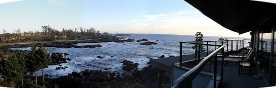 Black Rock Oceanfront Resort: View From our suite!
