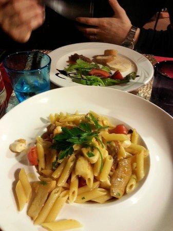 La Tavernetta : Penne al polpo e funghi porcini