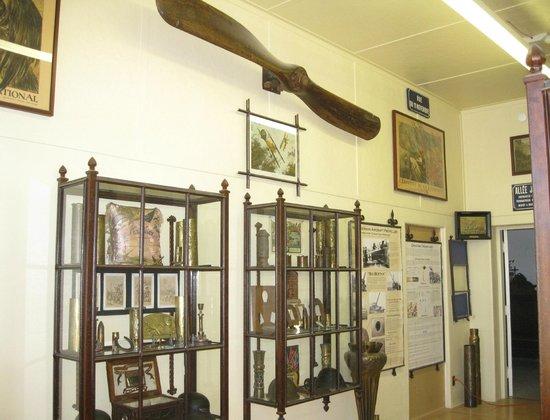 Arizona Copper Art Museum: Military Art Room - Copper Art Museum