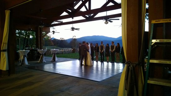 Brasstown Valley Resort & Spa: Sunset pavilion