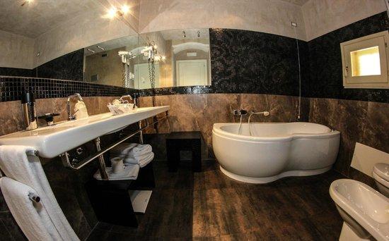 Antica Badia Relais Hotel: Deluxe room Violetta
