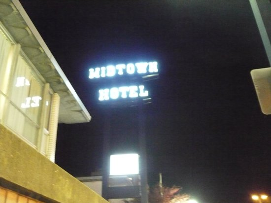 The Midtown Hotel: Good old Midtown hotel