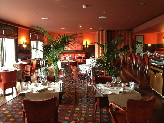 Hyatt Regency Nice Palais de la Mediterranee: Dining Room