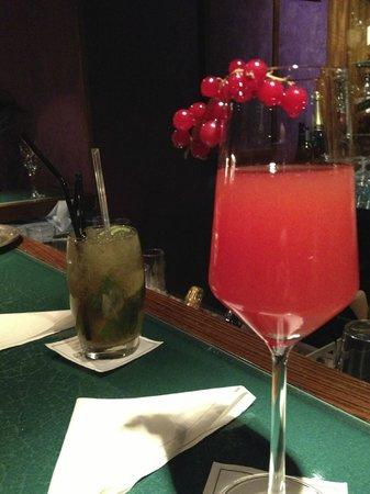 Hyatt Regency Nice Palais de la Mediterranee: Great Cocktails in the bar