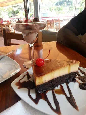 Serrano's Meat House: Excellent dessert-named Impossible cake