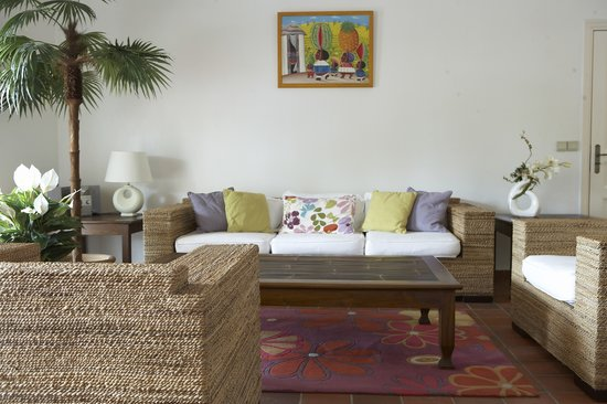 Esmeralda Resort : Superior Suite Living Area