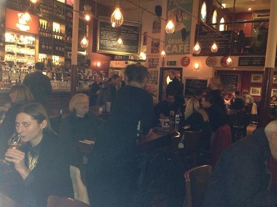 Lowlander : the place was buzzing...!
