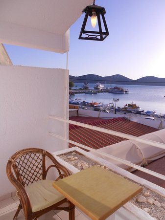Kalypso Hotel Elounda: Вид с балкона