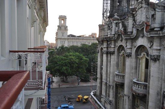 Hotel Inglaterra: vista desde la habitación en el 3er piso