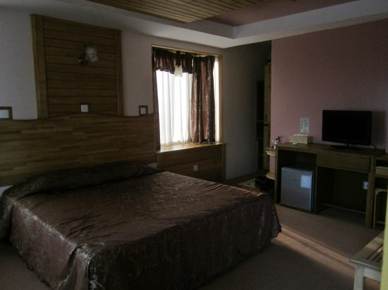 ein zimmer bild von kaung lay inn yangon rangoon tripadvisor. Black Bedroom Furniture Sets. Home Design Ideas