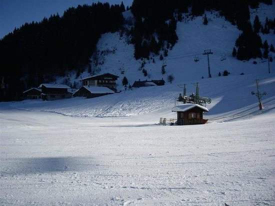Inferno Morzine : View from the nursery slopes
