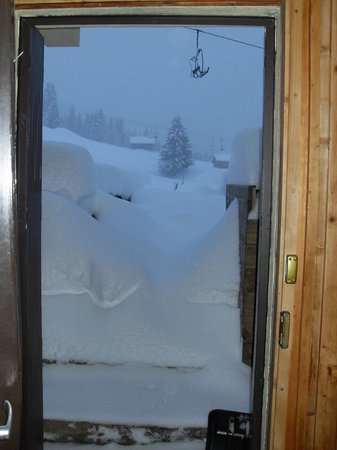 Inferno Morzine : Trying to get out the door